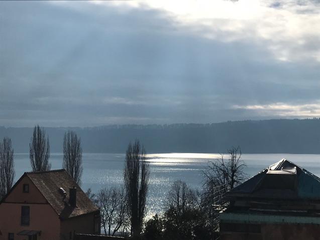 Seeblick aus der Ferienwohnung, wunderschönes Seeglitzern